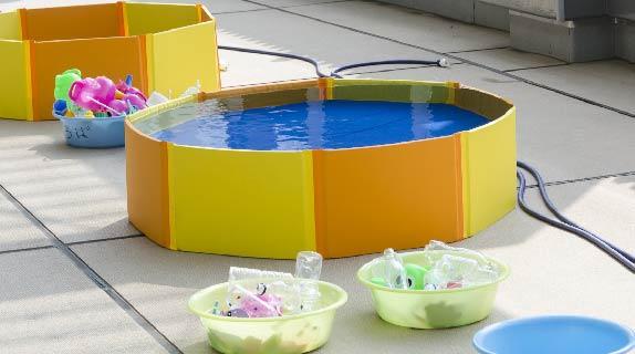 夏期プール(園内バルコニー)